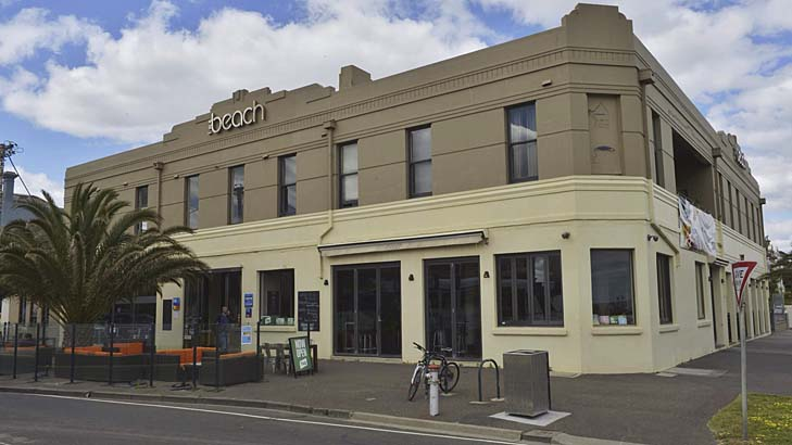 front view of the beach hotel in melbourne