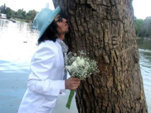 man marrying tree in peru