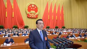 front view li keqiang making speech in china parliament