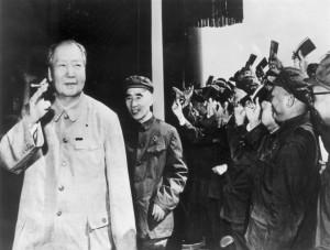 people salute mao zidong and camerman lv houmin