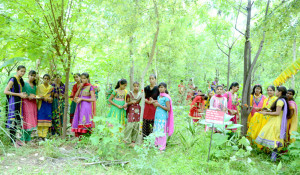 Piplantri villagers in the forrest in Rajasthan