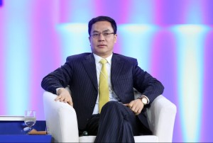 front view li hejun founder of hanergy