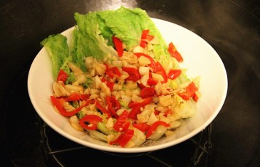 Chinese Food Made Easy: Steamed Baby Cabbage with Vermicelli and Garlic