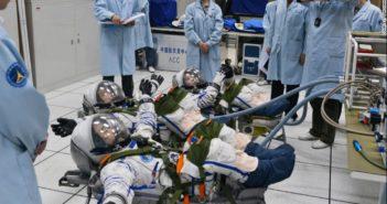 astronauts training in china