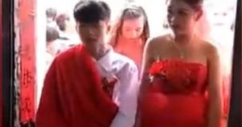 two teens getting married in china