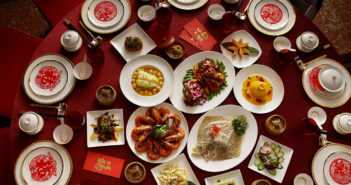 traditional chinese wedding banquet table