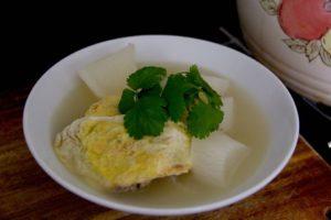 Egg Dumpling Mooli Soup