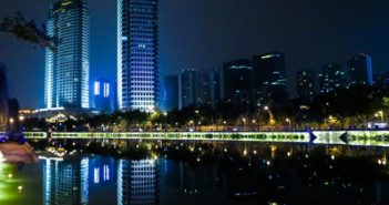 river front in chengdu at night