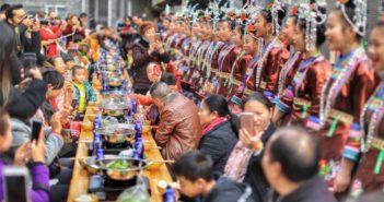 mass hotpot feast in guizhou