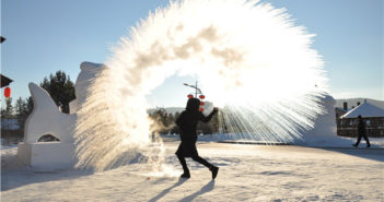 throwing hot water in cold weather in china