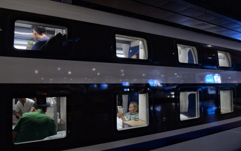View from outside a sleeper overnight train in China