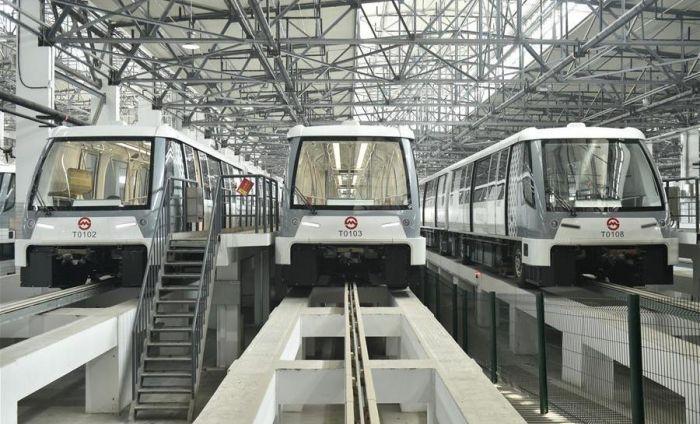 上海无人驾驶地铁3月31日试运营