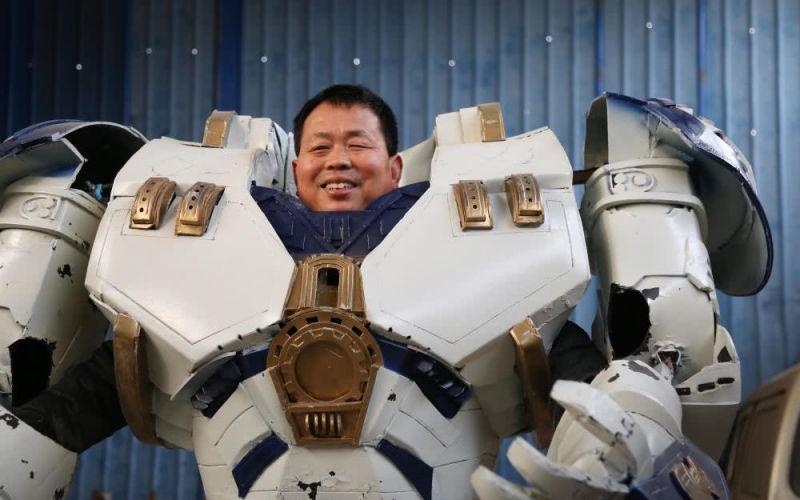 60岁农民做机器人