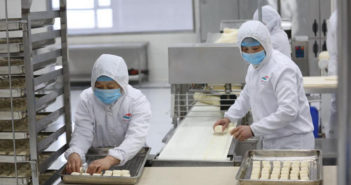 workers preparing food
