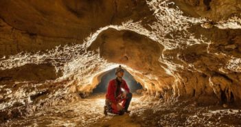 explorer in shuanghe cave network