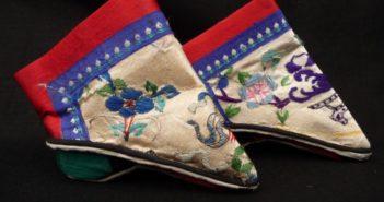 ladies foot-binding shoes