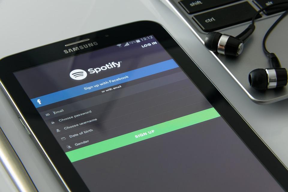 spotify app on samsung tablet