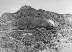 train on transcontinental railway in 19th century
