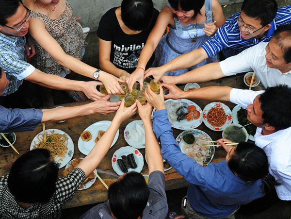Top Tips for Guest Etiquette in China